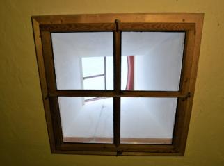 Světlíková litinové výlezové okno