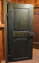 Rámové dveře se dvěmi vykrojenými výplněmi, Červeny Dvůr, zámek, barokní období