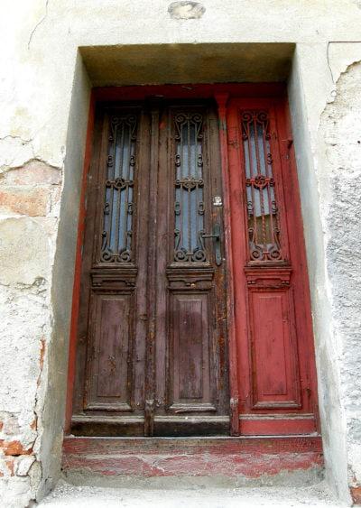 Detail vstupních dveří - Plešivec ČK