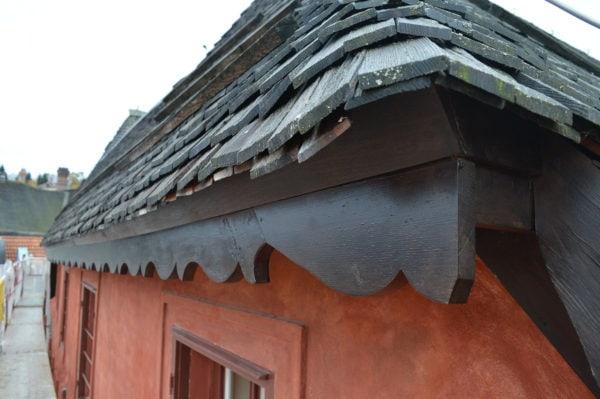 Podstřešní profilovaná lišta Český Krumlov, Široká 77, kolem roku 1800 (2)