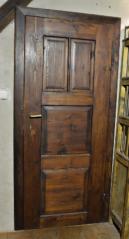 Výplňové dveře, Loučovice, zdravotní středisko, meziválečné období