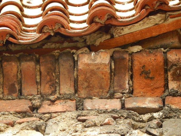 Tvarovka korunní římsy, presbytář klášterního kostela Český Krumlov