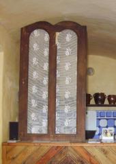Skříňové dveře, zástěna kuchyňského koutu
