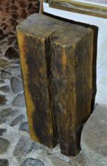 Stropní trám ze středověku, CK,Latran 74