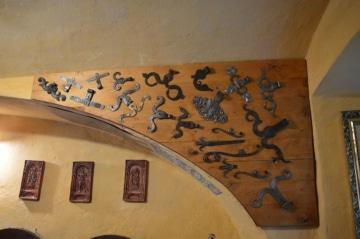 Dveřní závěsy od poloviny 17. století do počátku 20. století