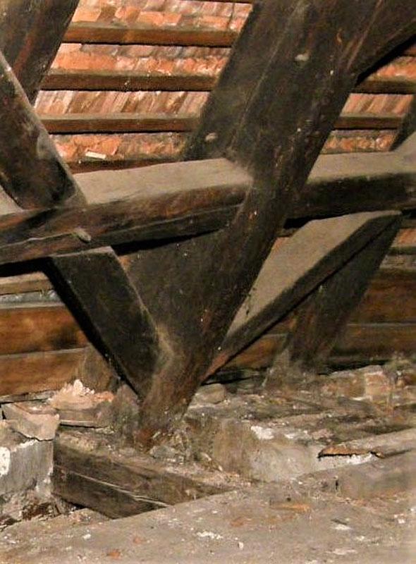 Detail krokve s podélným vázáním CK Latrán 17 1600