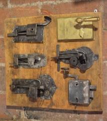Dveřní zámky 18. a 19. stol